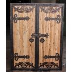 Uşă cu lemn